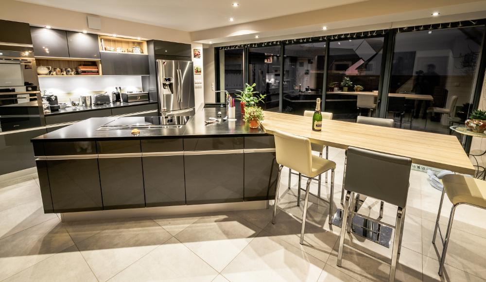cuisine m dium hydrofuge baie mahault guadeloupe 971. Black Bedroom Furniture Sets. Home Design Ideas