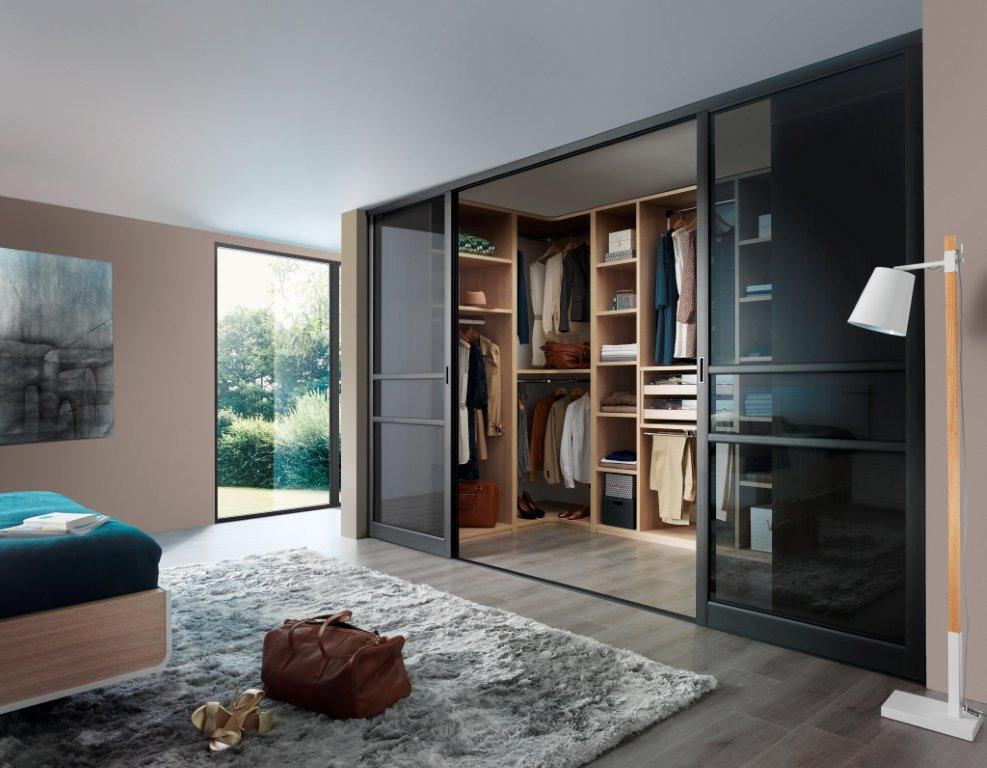 pose et vente de dressing meubles medium hudrofuge en. Black Bedroom Furniture Sets. Home Design Ideas